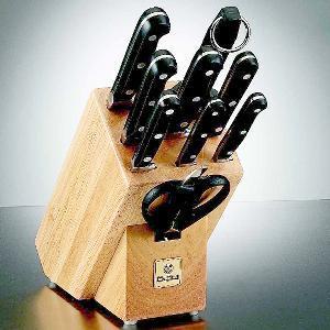 Buy Mundial  MUN5100-10 Block Set, Basic Black at Country Knives.